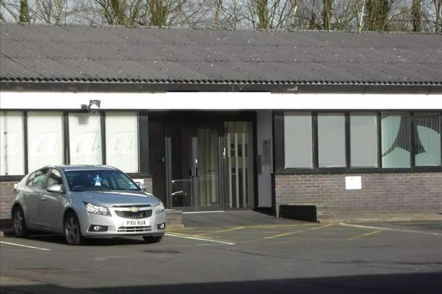 Serviced office to let in Longridge Road, Ribbleton, Preston
