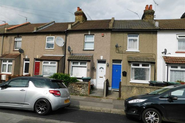 2 bed terraced house to rent in Churchill Road, Northfleet, Gravesend