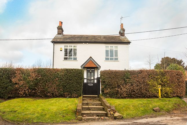 Thumbnail Detached house to rent in Forty Green, Beaconsfield