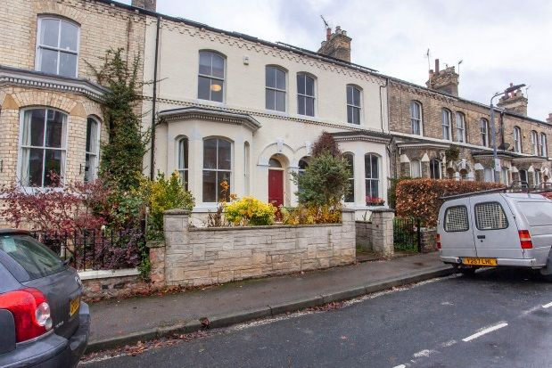 Thumbnail Town house to rent in Sandringham Street, York