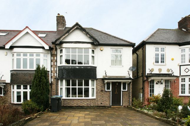 Thumbnail Semi-detached house to rent in Arnos Grove, Southgate