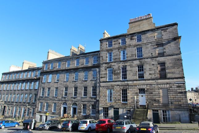 1 bed flat to rent in Dundonald Street, New Town, Edinburgh EH3