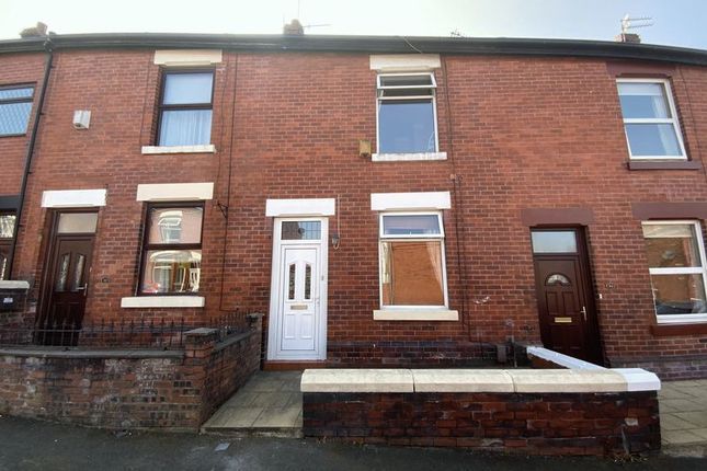 Thumbnail Terraced house to rent in Green Street, Hyde