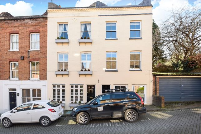 Thumbnail Town house to rent in Canon Street, Winchester