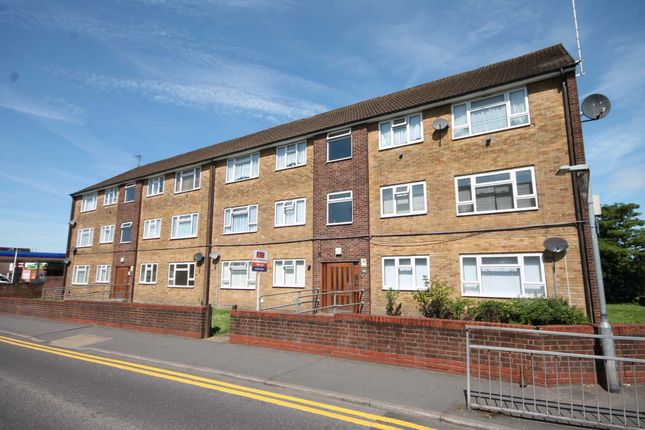 Thumbnail Flat to rent in Belmont Road, Erith