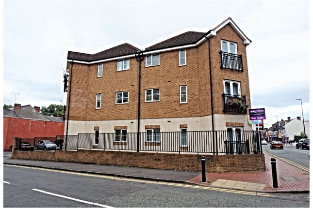 Thumbnail Flat for sale in Dunsford Road, Smethwick