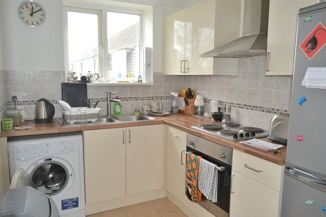Thumbnail Flat to rent in Central Gardens, Morden