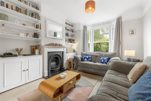2 bed terraced house to rent in Standen Road, London SW18