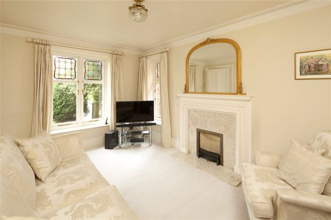 Family Room of Vine Court Road, Sevenoaks, Kent TN13