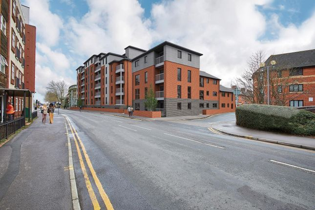 Thumbnail Flat for sale in Silver Street, Reading