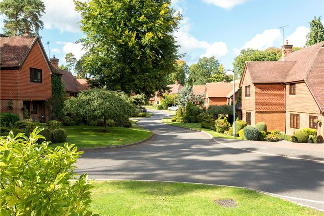 Thumbnail Maisonette for sale in The Links, Ascot, Berkshire