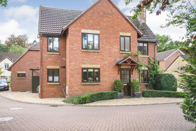 Rawlings Close, South Marston SN3
