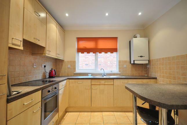 Thumbnail Bungalow to rent in Yardley Park Road, Tonbridge