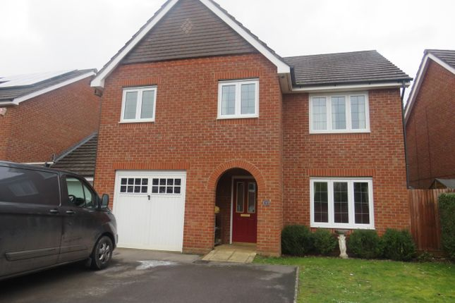 Thumbnail Detached house to rent in Forfield Drive, Beggarwood, Basingstoke