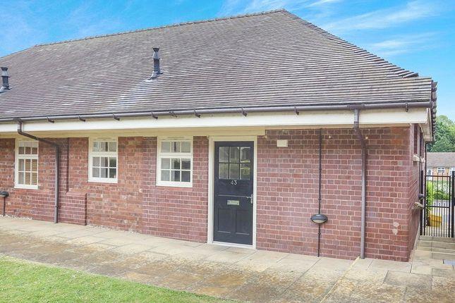 2 bed bungalow to rent in Lowbridge Walk, Bilston WV14