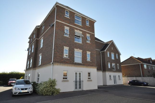 Thumbnail Flat for sale in Poplar Close, Bexhill On Sea