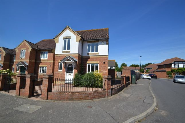 Thumbnail Detached house for sale in Andover Close, Feltham