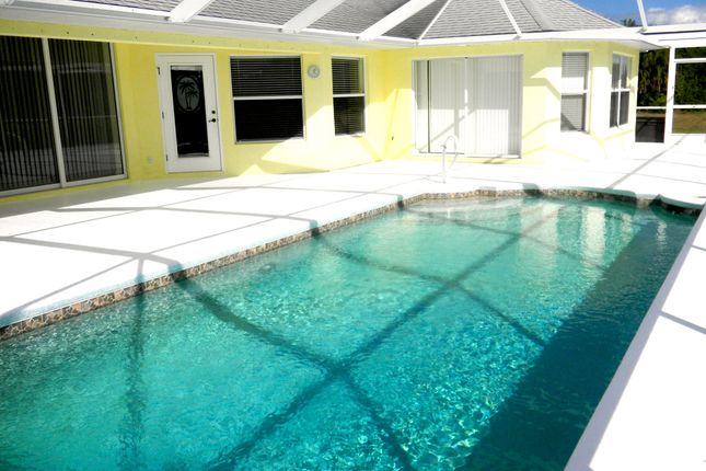 32' Pool of Rotonda Circle, Rotonda West, Port Charlotte County, Florida, United States