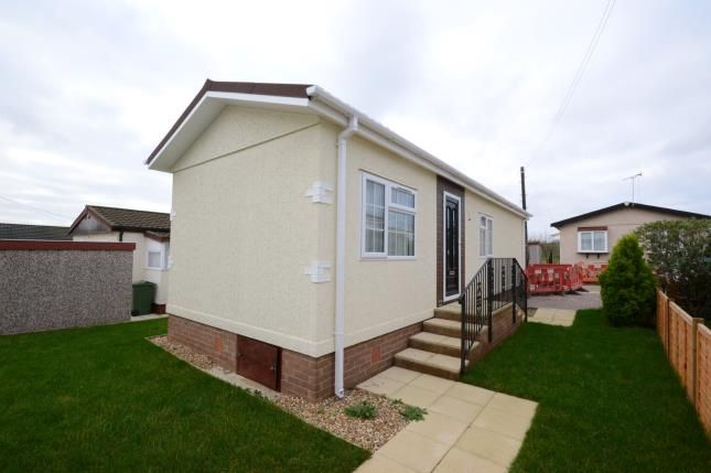 Thumbnail Mobile/park home for sale in River View Park, Althorne, Essex
