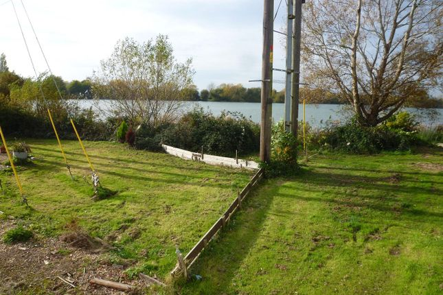 P1110919 of Lakeside Residential Park, Vinnetro, Runcton, Chichester PO20