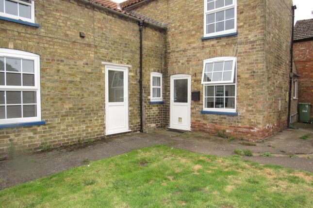2 bed flat to rent in Station Road, Bardney, Lincoln LN3