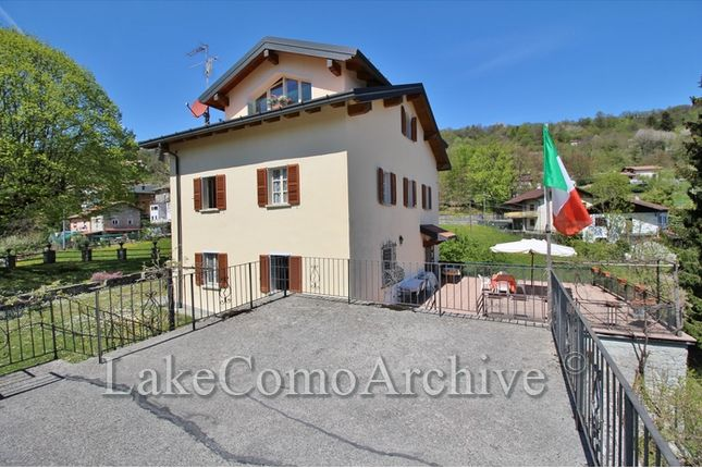 9 bed villa for sale in Lanzo D Intelvi, Lake Como, 22024, Italy