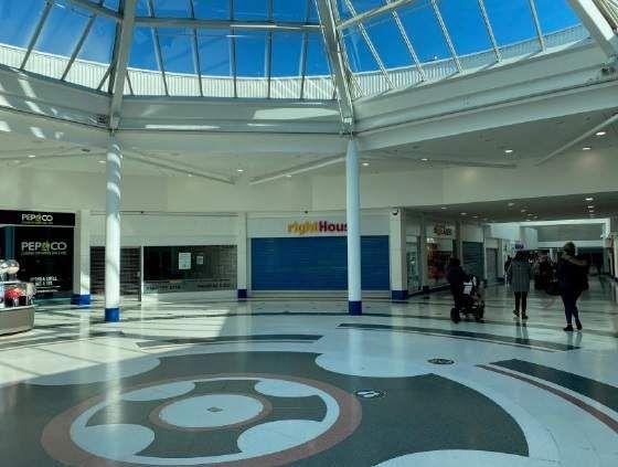 Thumbnail Retail premises to let in Unit 30-31, Wulfrun Shopping Centre, Unit 30-31, Wulfrun Shopping Centre, Wolverhampton