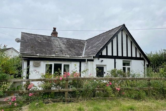 Thumbnail Bungalow for sale in Llanwrin, Machynlleth, Powys