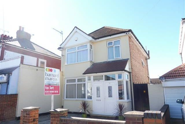 Thumbnail Property to rent in Martindale Road, Hounslow