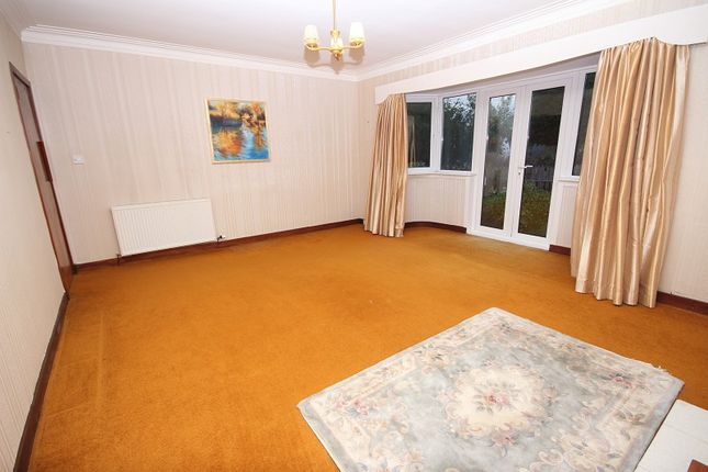 Lounge of 7 Darnaway Avenue, Crown, Inverness IV2