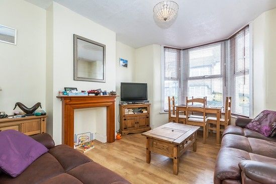 Thumbnail Terraced house for sale in Hesketh Road, London