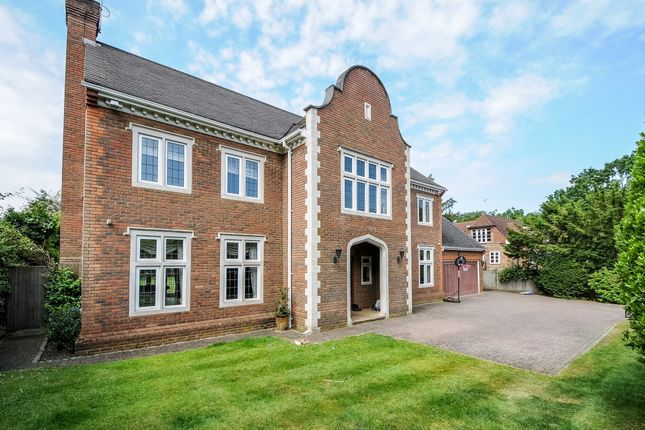 Thumbnail Detached house to rent in Cross Road, Sunningdale, Ascot