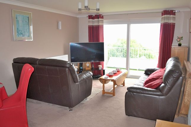 Lounge of Golwg Y Mor, Penclawdd, Swansea SA4