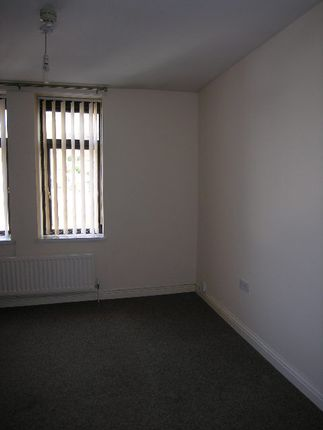Thumbnail Flat to rent in Dunraven Street, Tonypandy, Rhondda