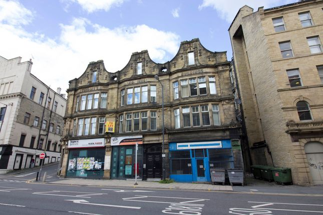 Thumbnail Flat for sale in Prince Court, Canal Road, Bradford