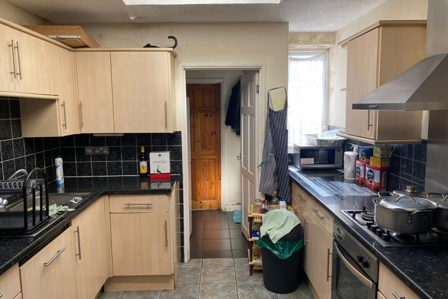 Thumbnail Terraced house to rent in St. Johns Road, Barking