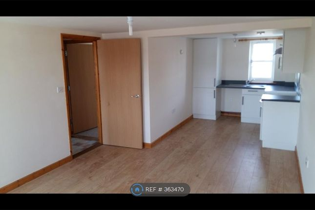 Thumbnail Flat to rent in Glendower Court, Crediton