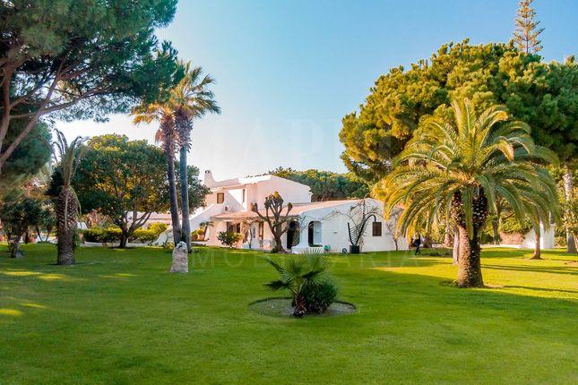 Thumbnail Villa for sale in Lago, Quinta Do Lago, Loulé, Central Algarve, Portugal