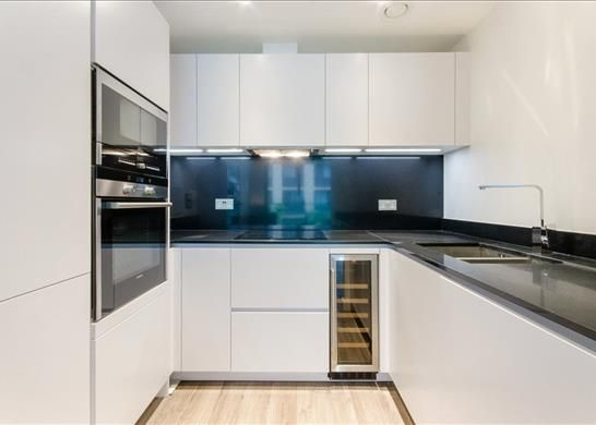 E1: Kitchen of Cashmere House, Aldgate, London E1