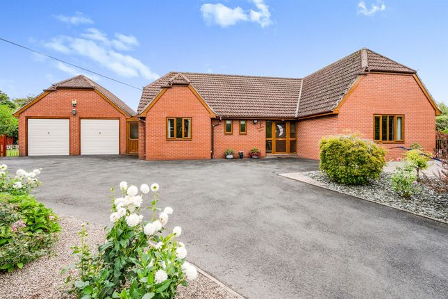 4 bed detached bungalow for sale in Mill Lane, Much Cowarne, Bromyard HR7
