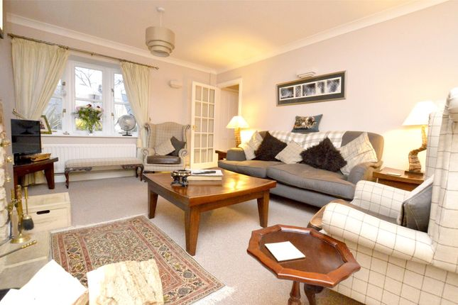 Picture No. 19 of September Cottage Selsley Road, North Woodchester, Stroud, Gloucestershire GL5