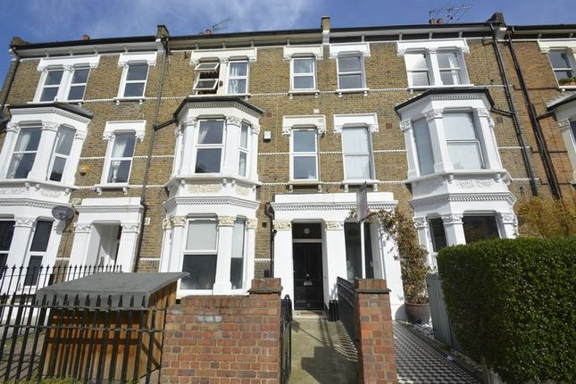 Thumbnail Property for sale in Saltram Crescent, London
