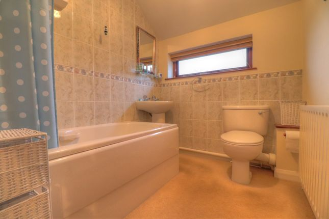 Bathroom of Crabtree Green, Wrexham LL13