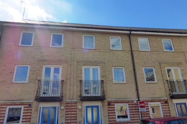 Thumbnail Terraced house for sale in Harland Street, Ipswich
