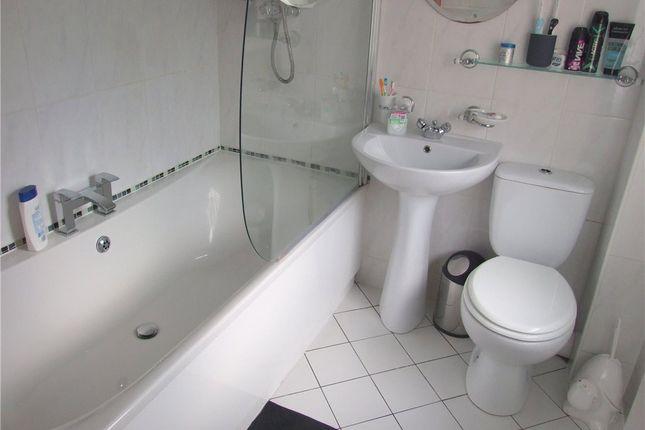 Family Bathroom of Freesia Close, Mickleover, Derby DE3