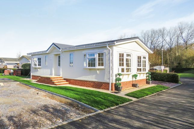 Thumbnail Mobile/park home for sale in Chilton Park, Bridgwater