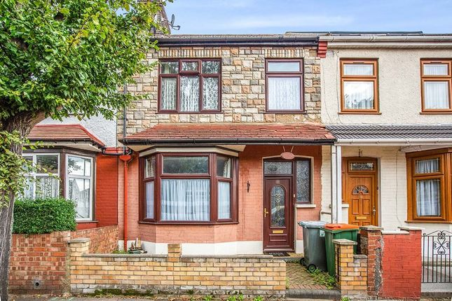 3 bed terraced house to rent in Tyrone Road, London E6