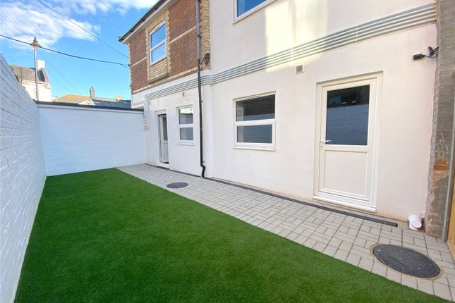 2 bed flat for sale in Teville Road, Worthing, West Sussex BN11