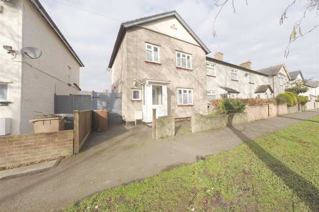 3 bed semi-detached house to rent in Hale End Road, Woodford Green