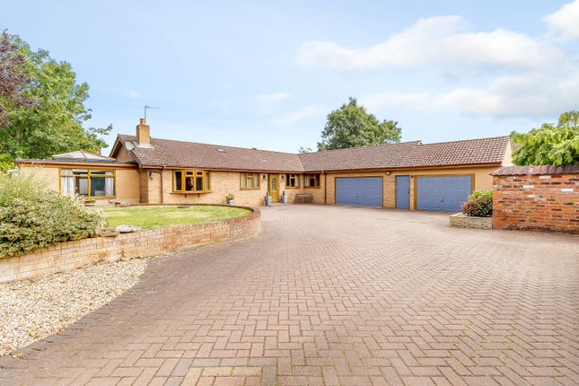 Thumbnail Detached bungalow for sale in Brumby House Drive, Scunthorpe